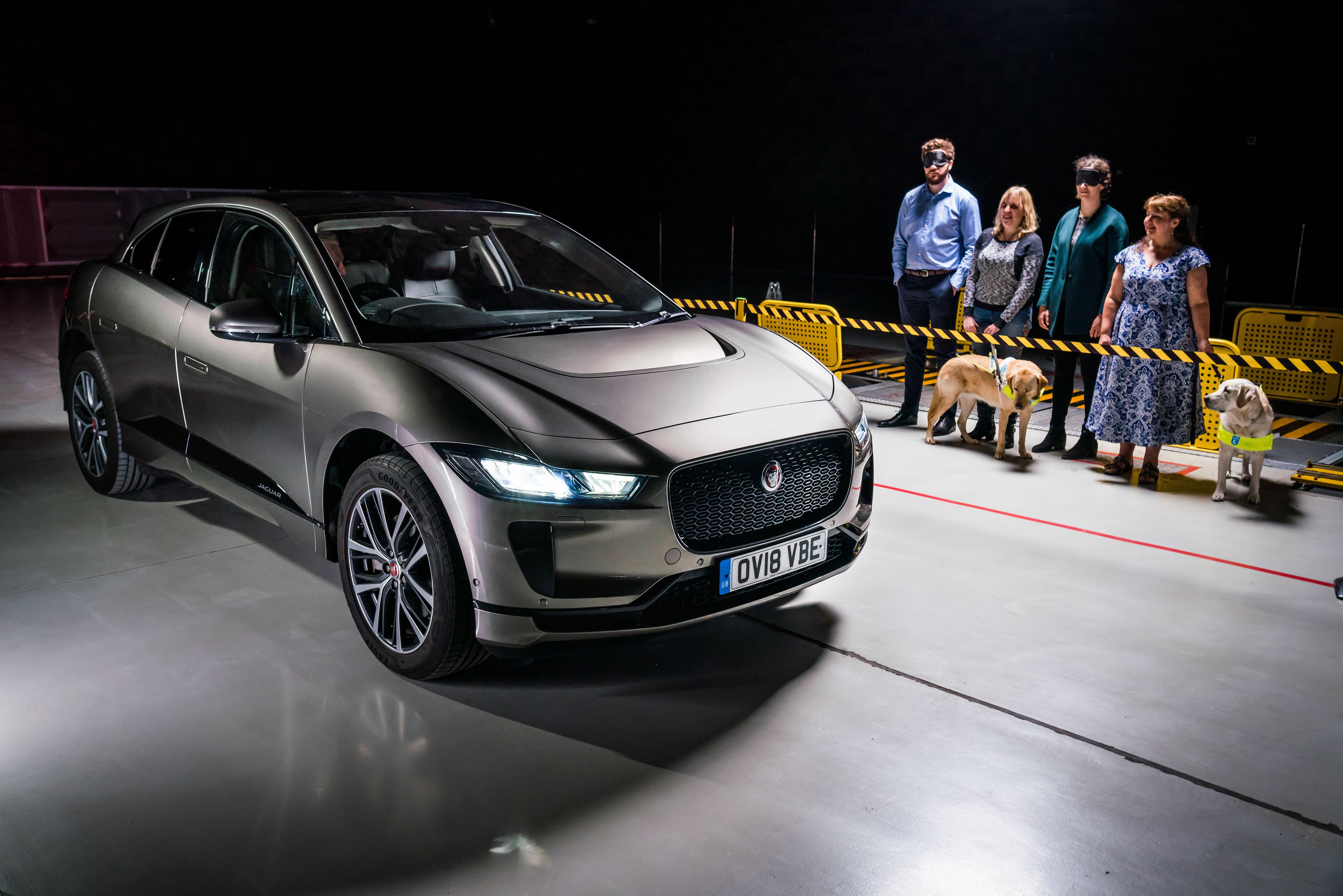 Geluid Van Jaguar I Pace Beschermt Kwetsbare Voetgangers Jaguar Cito